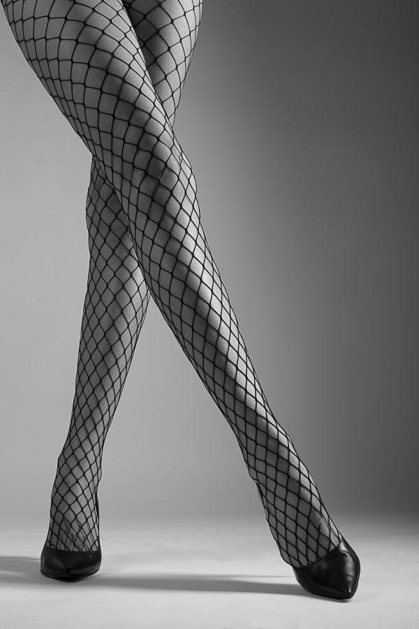 Sixième Photo ex aequo - Les jambes de Julie Mayer - Photo Club Carry Côte Bleue